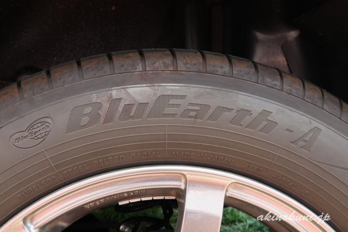 純正装着タイヤ ブルーアースA