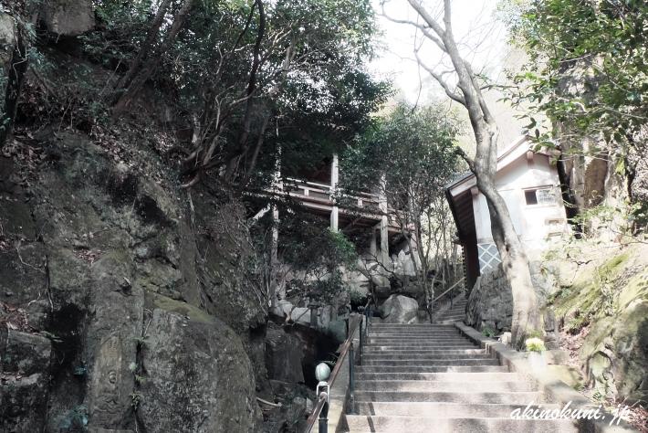 三瀧寺 参道-4