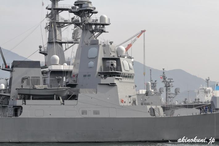 護衛艦あさひのOPY-1レーダー