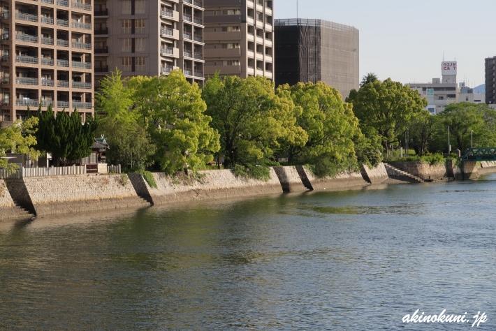本川橋下流の雁木